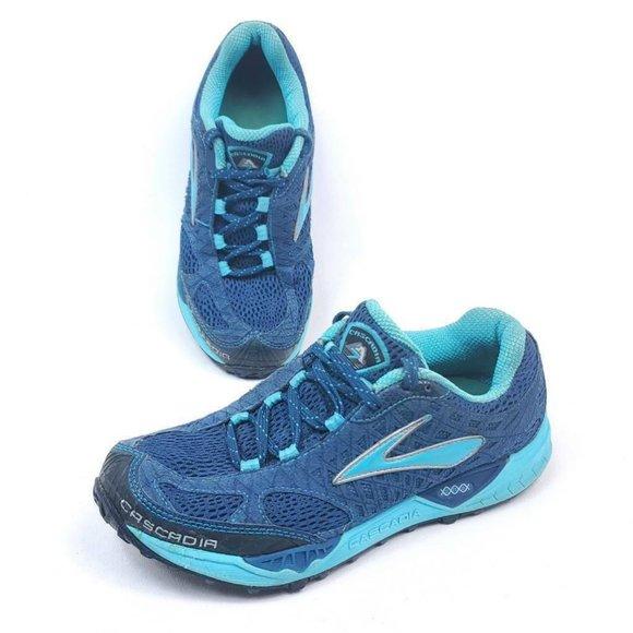 Brooks Shoes   Womens 85 B Cascadia 7